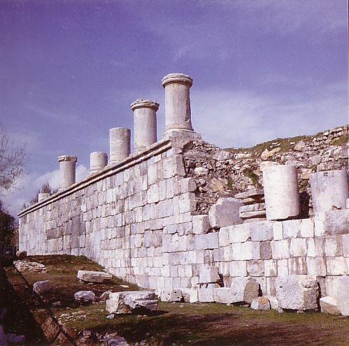 معبد آناهيتا واقع در شهر كنگاور