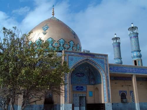 آرامگاه بابا سیف الدین  واقع در شهر دره شهر